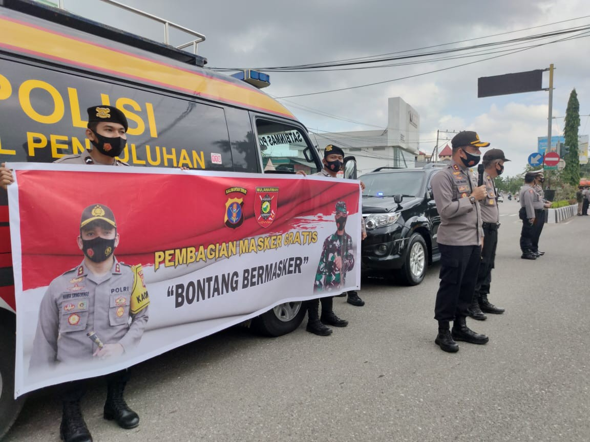 48.000 Masker Dibagikan Tim Gabungan Operasi Yustisi di 4 Titik.