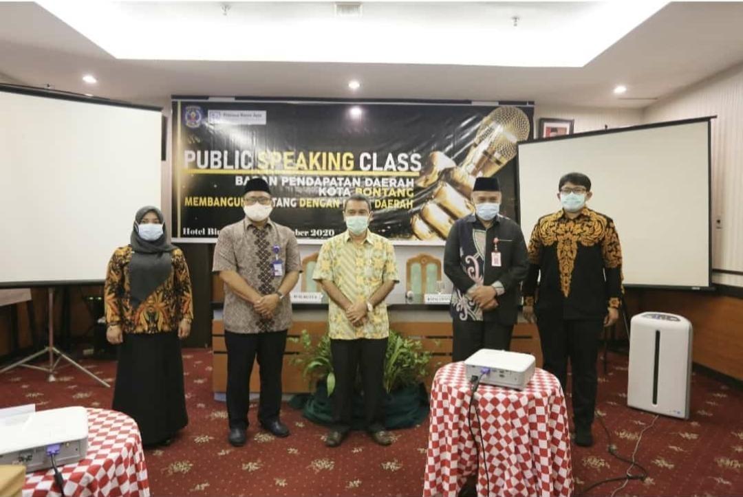 Bapenda Tingkatkan Kualitas Pelayanan Melalui Public Speaking Class