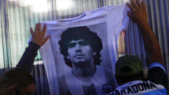 diego-maradona-14_169.jpeg