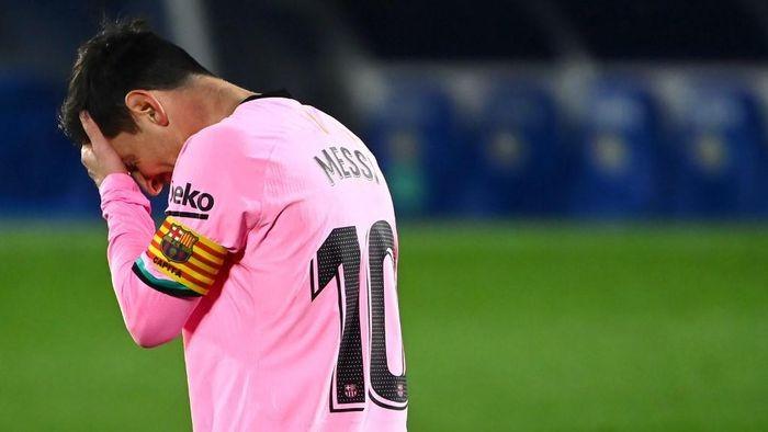 Lionel Messi yang Capek Belum Bisa Pergi dari Barca Januari Nanti